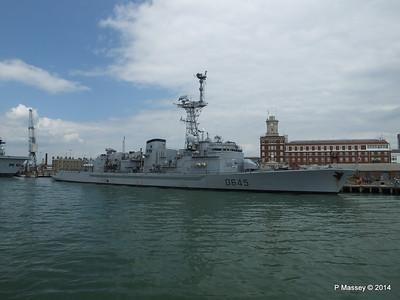 French Frigate LA MOTTE-PICQUET D645 Portsmouth PDM 31-05-2014 14-45-30