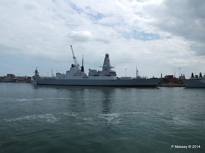 D36 HMS DEFENDER Portsmouth PDM 31-05-2014 14-54-18