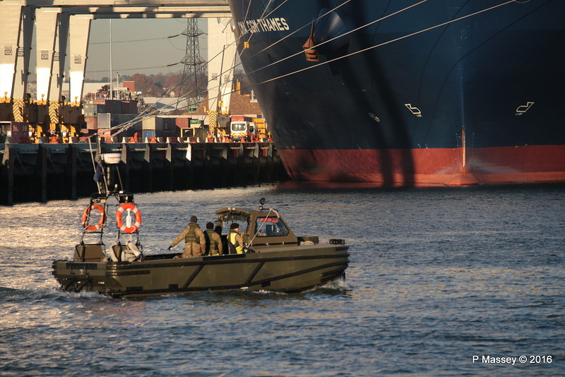 CSB 52 Combat Support Boat Sea Mounting Centre Marchwood CMA CGM THAMES PDM 29-11-2016 17-50-25