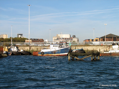 Fishing Boat Tug SUSAN Southampton PDM 10-10-2008 15-41-31