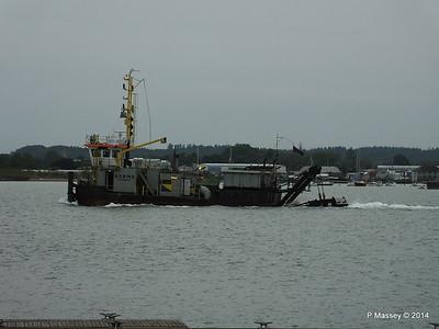 NORMA Dredger Southampton PDM 05-08-2014 19-43-029