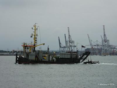 NORMA Dredger Southampton PDM 05-08-2014 19-42-055