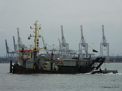 NORMA Dredger Southampton PDM 05-08-2014 19-42-47