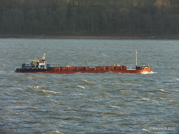 GOOLE STAR Approaching Cowes PDM 08-01-2015 15-47-44