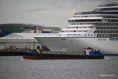 GOOLE STAR Passing MARINA Southampton PDM 04-08-2016 18-31-59