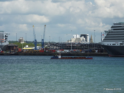 QUEEN MARY 2 GOOLE STAR QUEEN VICTORIA Southampton PDM 05-06-2014 11-12-22