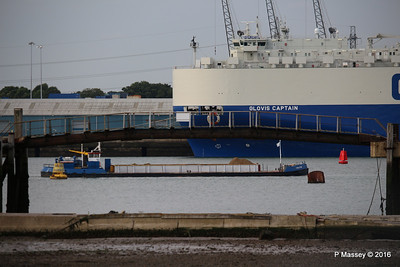 GOOLE STAR Passing GLOVIS CAPTAIN Southampton PDM 06-07-2016 16-09-00