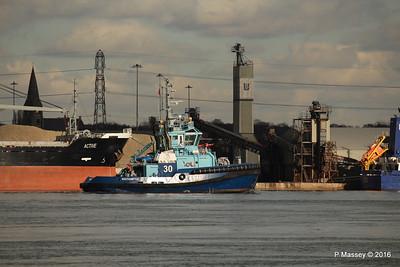 LOMAX Passing ACTIVE Southampton PDM 11-02-2016 13-17-050