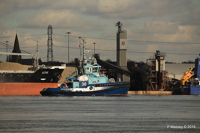 LOMAX Passing ACTIVE Southampton PDM 11-02-2016 13-17-050
