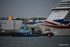 LOMAX Passing SVITZER ESTON BRITANNIA Southampton PDM 20-08-2016 19-03-26