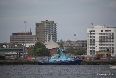 APEX waiting HARMONY OF THE SEAS Southampton PDM 20-05-2016 18-06-45