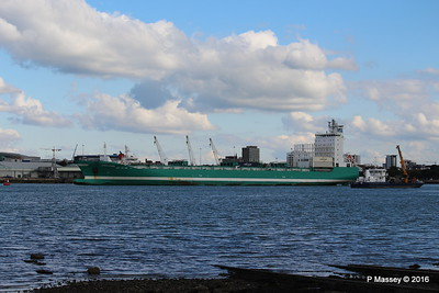 CHRISTOPHER Arriving SEAGREEN Southampton PDM 11-10-2016 14-37-21