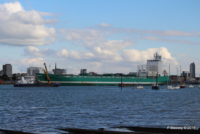 CHRISTOPHER Arriving SEAGREEN Southampton PDM 11-10-2016 14-36-41