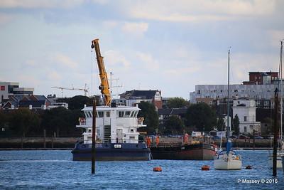 SEAGREEN Barge 1018 Southampton PDM 11-10-2016 14-40-10