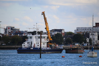 SEAGREEN Barge 1018 Southampton PDM 11-10-2016 14-39-38
