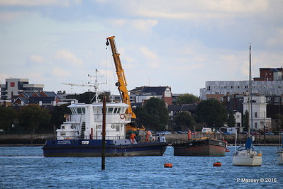 SEAGREEN Barge 1018 Southampton PDM 11-10-2016 14-39-44