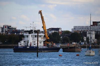 SEAGREEN Barge 1018 Southampton PDM 11-10-2016 14-39-37