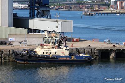 SVITZER FERRIBY Dock Head Southampton PDM 16-05-2016 16-24-054