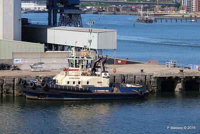 SVITZER FERRIBY Dock Head Southampton PDM 16-05-2016 16-24-53