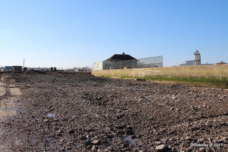 Husbands Shipyard Slipways Gone Marchwood PDM 18-02-2017 13-44-04