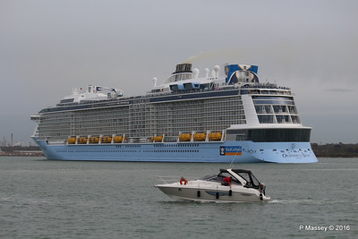 OVATION OF THE SEAS Departing mb Southampton PDM 14-04-2016 17-16-09