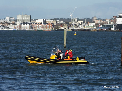 Ribtec approaching Hythe Marina Southampton PDM 07-12-2014 12-27-011