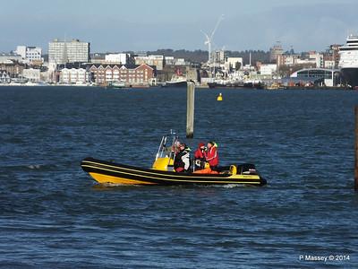 Ribtec approaching Hythe Marina Southampton PDM 07-12-2014 12-27-010