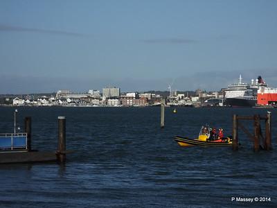 Ribtec approaching Hythe Marina Southampton PDM 07-12-2014 12-27-03