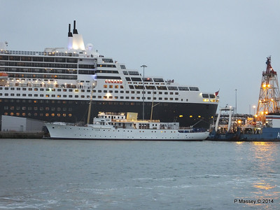 QM2 SHEMARA Southampton PDM 09-05-2014 20-38-48