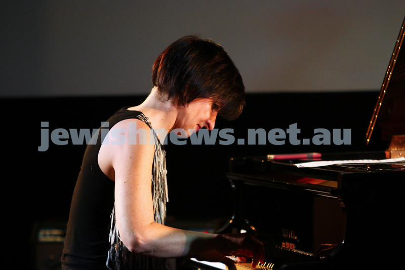 6-9-15. Shir Madness. Melbourne  Jewish Music Festival. Leonie Cohen. Photo: Peter Haskin