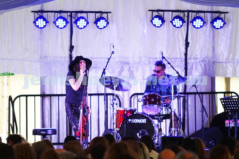 6-9-15. Shir Madness. Melbourne  Jewish Music Festival. Rita Satch. hoto: Peter Haskin