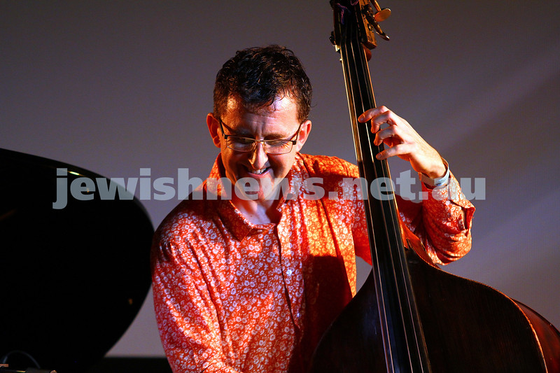 6-9-15. Shir Madness. Melbourne  Jewish Music Festival.  Leonie Cohen trio. Photo: Peter Haskin