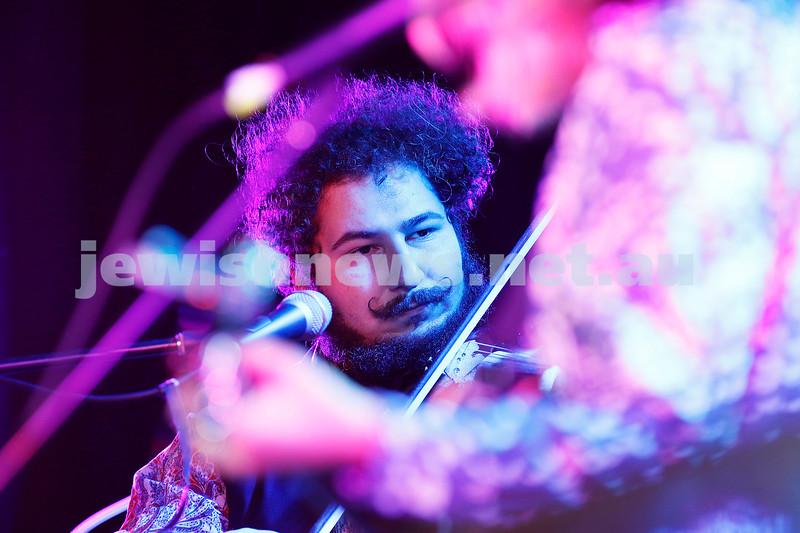 3-9-17. Shir Madness. Melbourne Jewish Music Festival.  Tin Pan Orange. Alex Burkoy. Photo: Peter Haskin