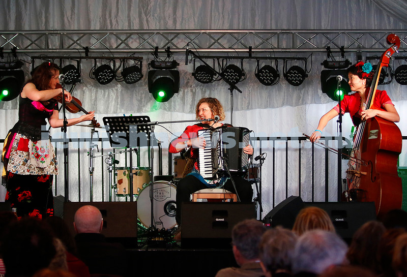 3-9-17. Shir Madness. Melbourne Jewish Music Festival. Stiletto Sisters. Photo: Peter Haskin