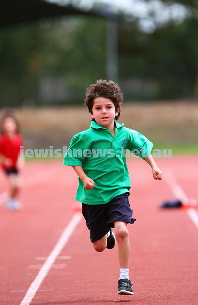 11-12-14. Sholem Aleichem sports day at Duncan McKinnon athletics track.  Photo: peter haskin