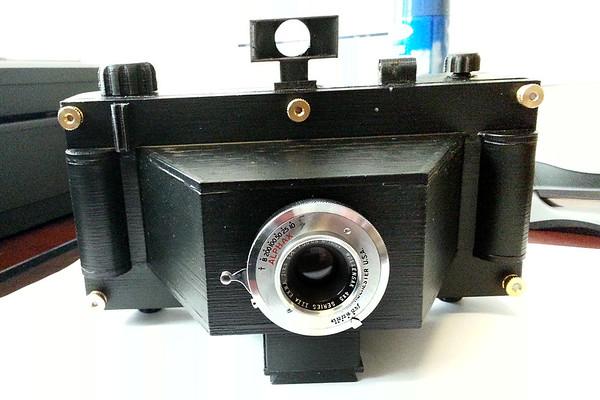 "Wollensak 3-1/2"" 6x14 Camera"