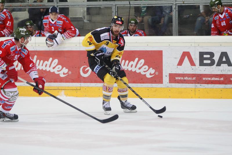 Vienna, Austria, 5. 9. 2013 - EBEL, Erste Bank Eishockey Liga, UPC Vienna Capitals vs. HC Bozen Südtirol in Albert Schultz Halle. Image shows Andreas Nödl (UPC Vienna Capitals) .Foto: GEPA Pictures / Gerald Fischer