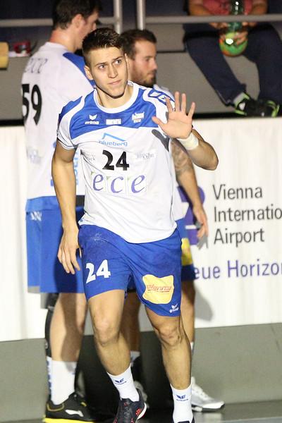 3. 10. 2015 - Handball - HLA, Handball Liga Austria, HC Fivers Margareten vs HC ece bulls Bruck  in Sporthalle Margareten, Vienna, Austria . Image shows Mladan Jovanovic (HC ece bulls Bruck) .Foto: GEPA Pictures / Gerald Fischer