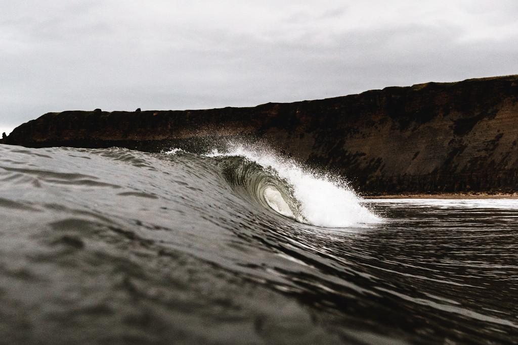 A hollow wave at Cayton Bay