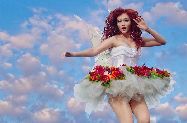 www.asharpphoto.biz - Amber in the Air