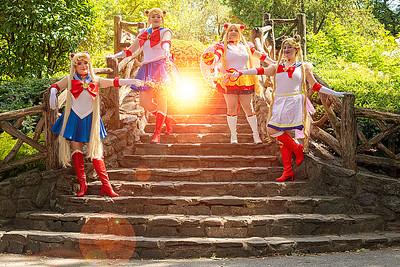 Queen Ally Cosplay, Luna Mirage's Art, Mimi Manga, & Nicole Olivia