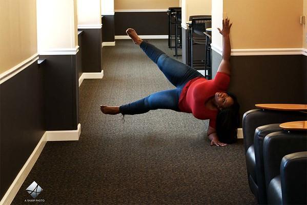 www.asharpphoto.biz - Stacy 4148 Levitation