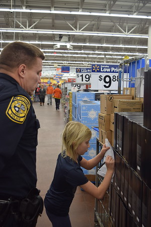 Shop with a Cop 2017 at Walmart in Mt. Pleasant