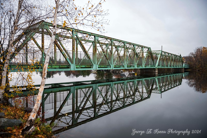 Berlin NH Bridge in Autumn