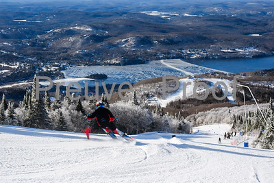 Mont-Tremblant, QC, Canada - December 28 2019:   Club De Ski at Tremblant  Photo par:  Gary Yee