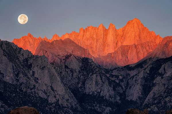Mt Whitney Moonset