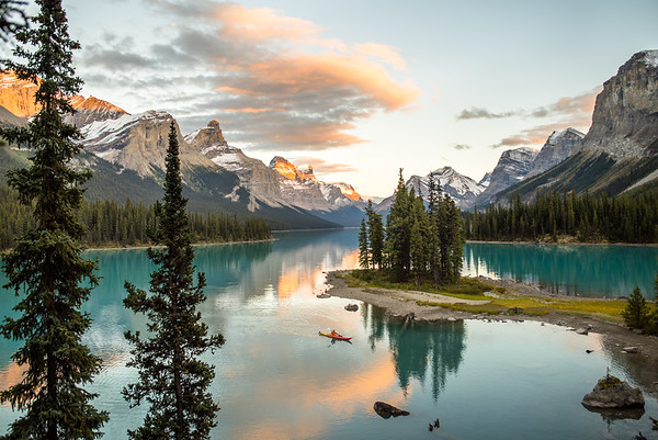 CHRIS BURKARD 2014 TRAVEL ALBERTA TOURISM SUMMER / FALL SHOOT CANADA   KAYAKER: CHRISTIAN ADAM  SPIRIT ISLAND, MALIGNE LAKE