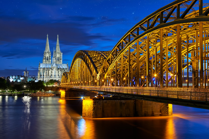 Starry night in Cologne
