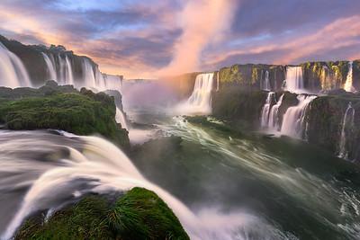 The devil's throat    Iguaçu National Park