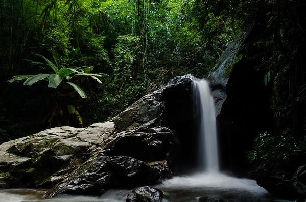 Mae Maem Waterfall